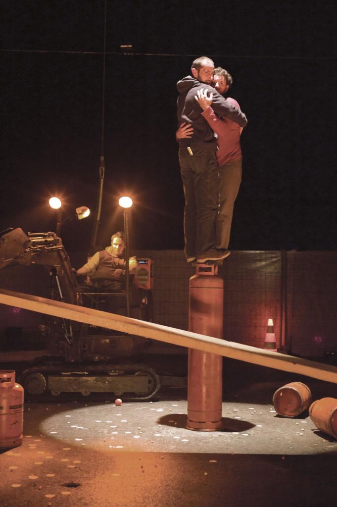 Cirque-Inextremiste-(© jean-pierre-estournet)