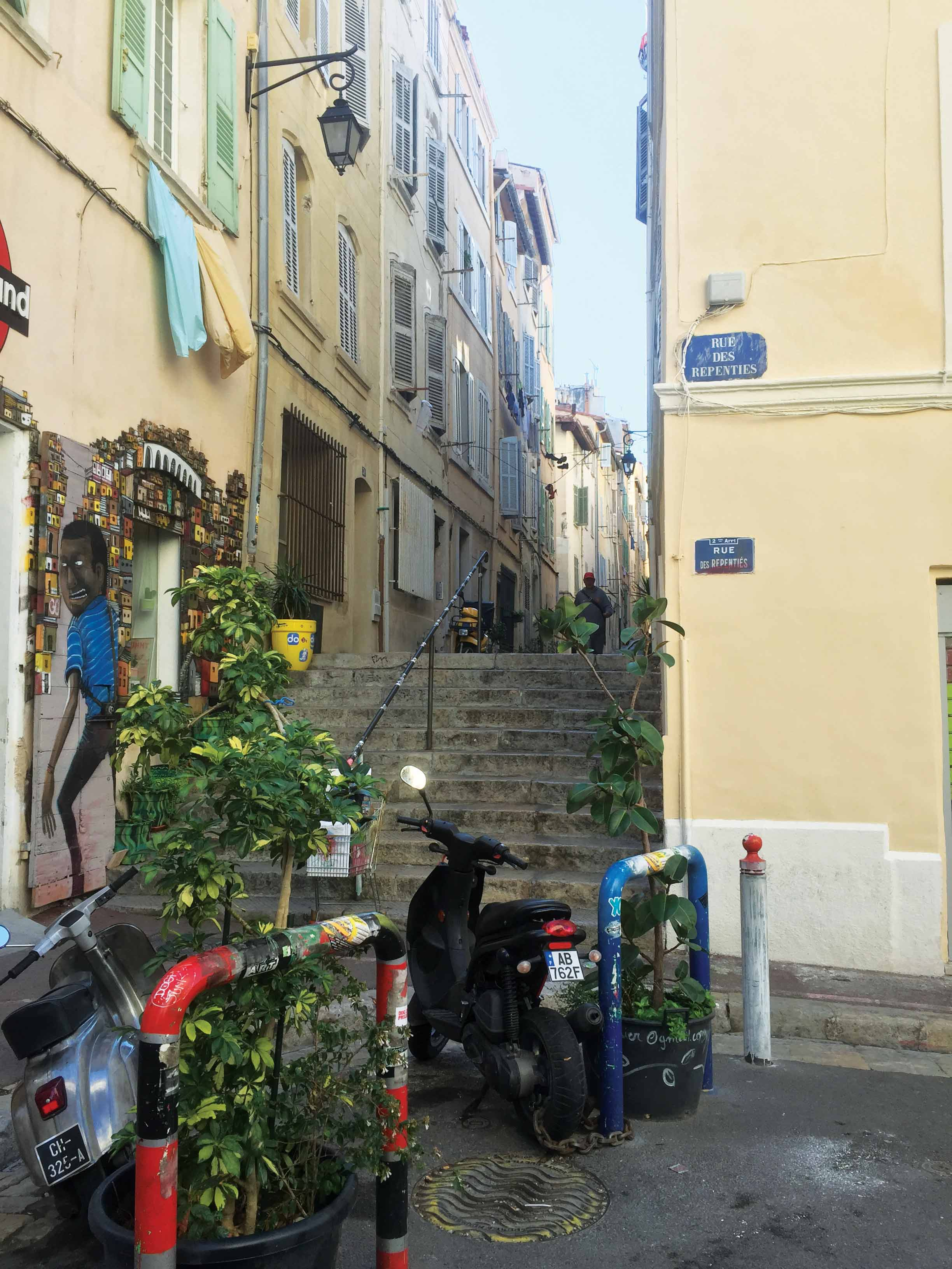 Rue-des-Repenties-(©Aziz-Mébarki)