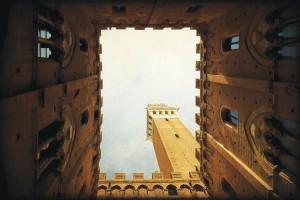 La-Torre-del-Mangia-SIENNE-2