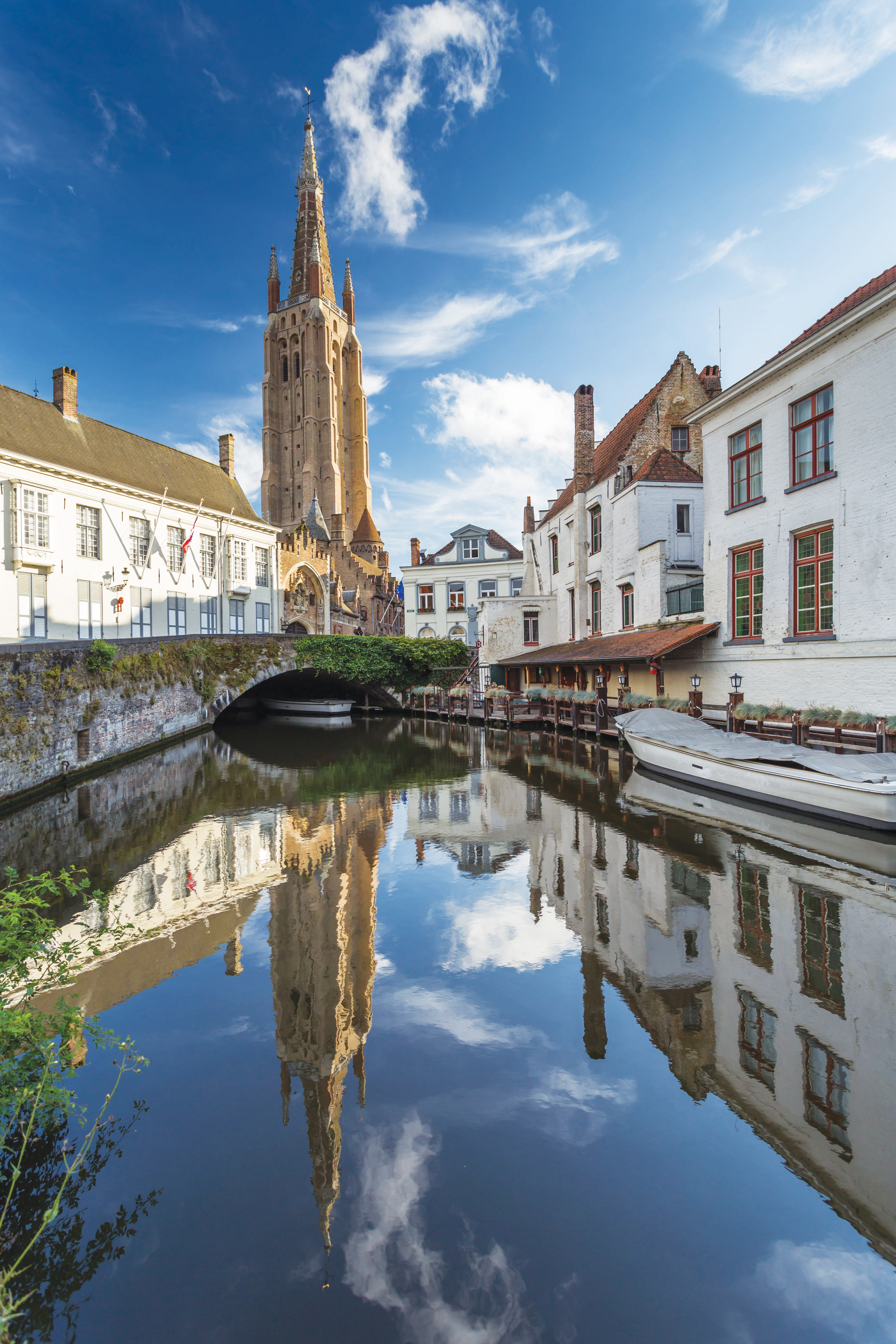 Bruges-(©-123RF)