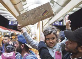 RÉFUGIÉS : L'ALLEMAGNE INVESTIT
