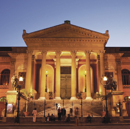 Theatre-Massimo Palerme (© 123RF)