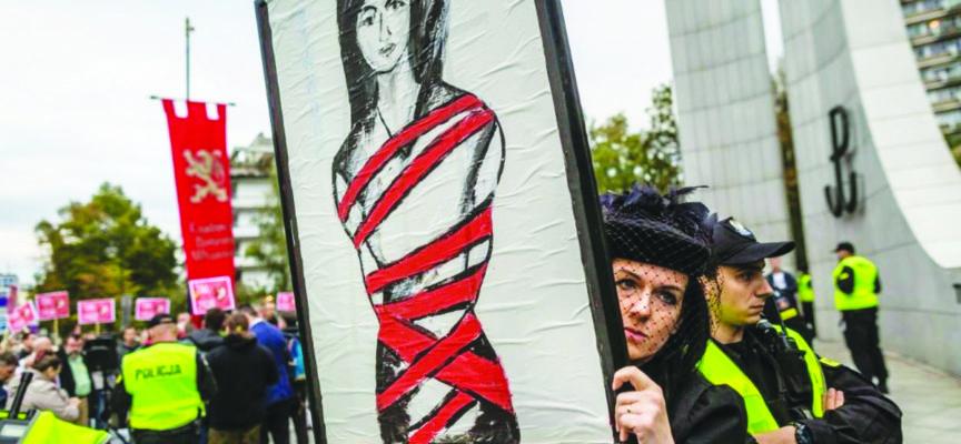 La Pologne veut durcir le législation sur l'avortement