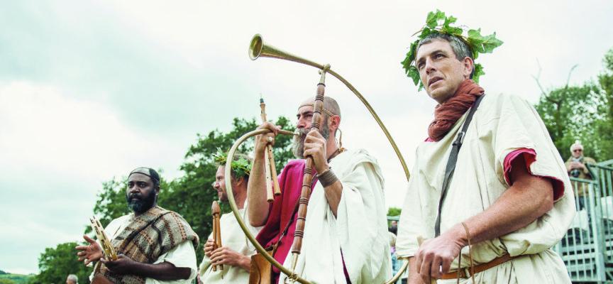 AUX SOURCES DE L'HISTOIRE