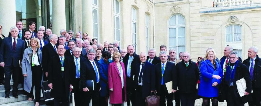Les Départements reçus à l'Élysée