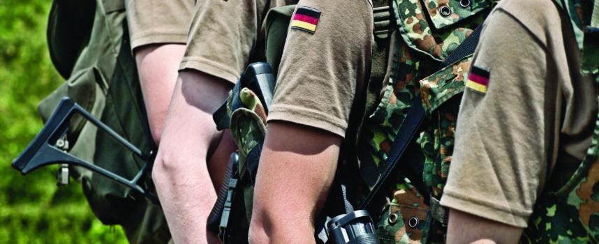 La Sarre reste une terre militaire